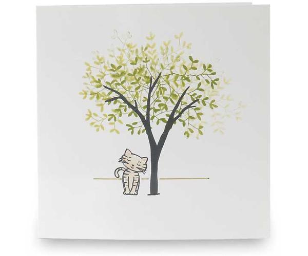 Katze unterm Baum
