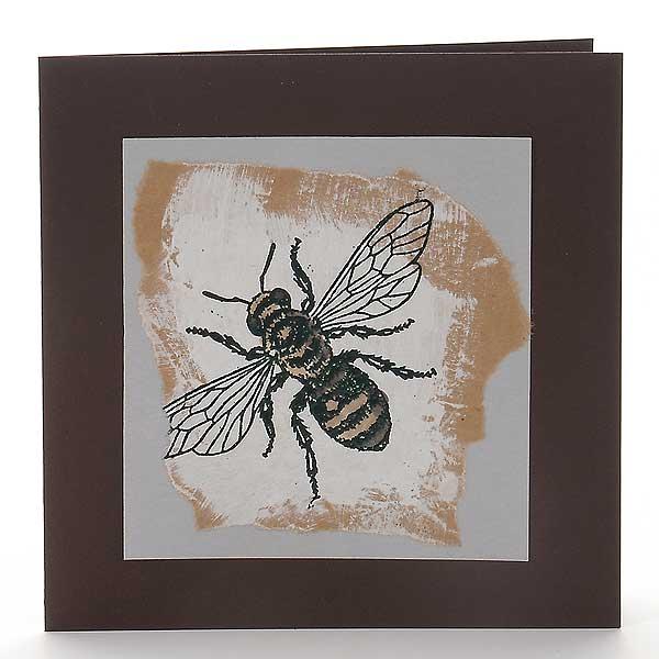 Biene auf Packpapier